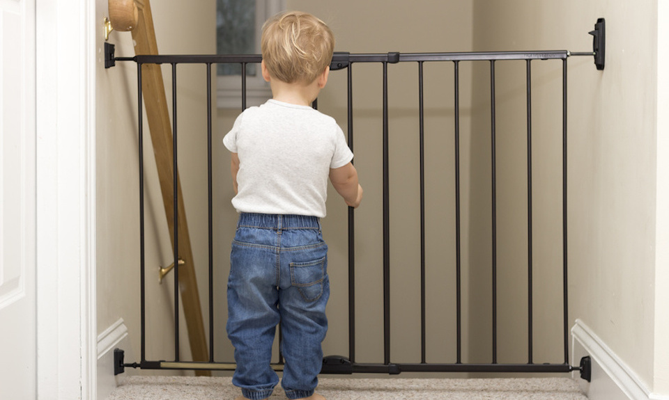 7 Best Baby Gates Of 2019 Perfect For Stairs And Doorways