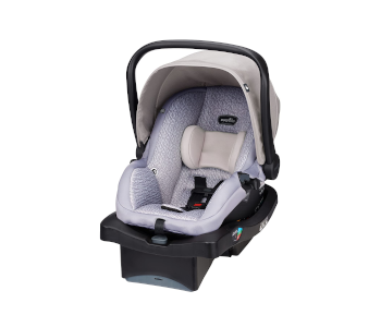 best-bargain-infant-car-seat-for-small-cars
